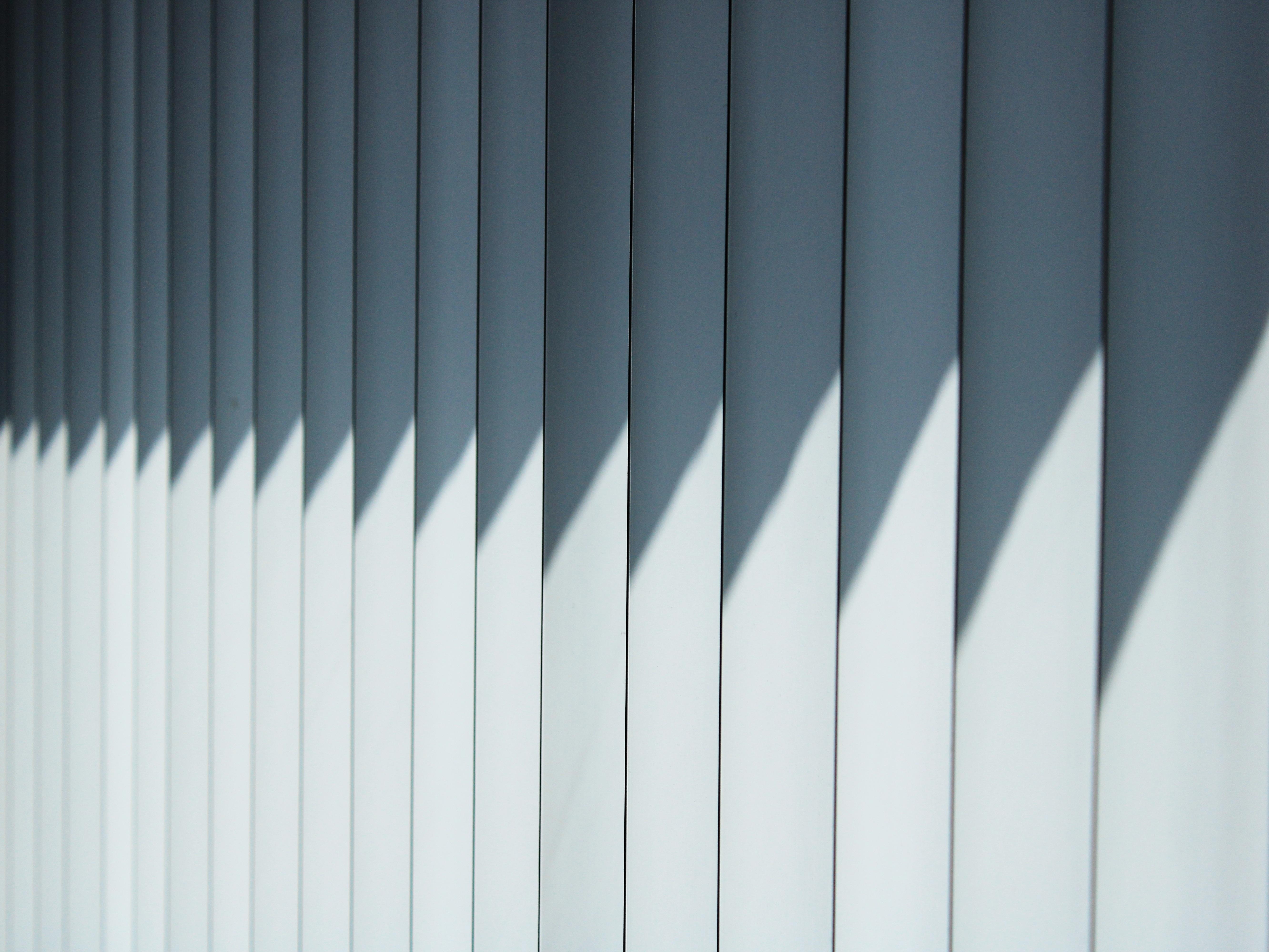 blinds-4197592.jpg